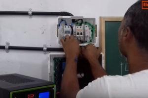 Instalação de Voltímetro e Amperímetro